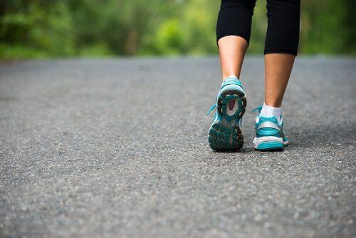 The-Health-Benefits-of-Walking-