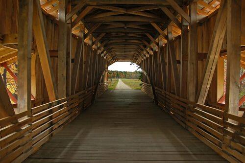 GPS Lead Trucker Through Historic Bridge, Into Jail