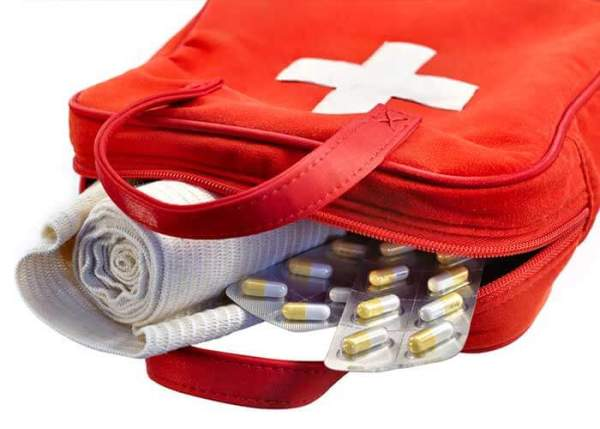 DIY: First Aid Kits For the Road