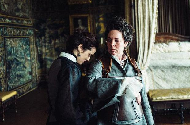 The Favourite movie review \u0027A delightful film, funny, absurd