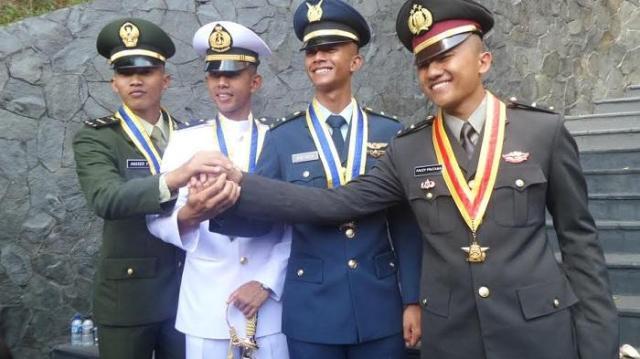 Inilah Daftar 26 Perguruan Tinggi Ikatan Dinas dan Beasiswa Penuh di Indonesia