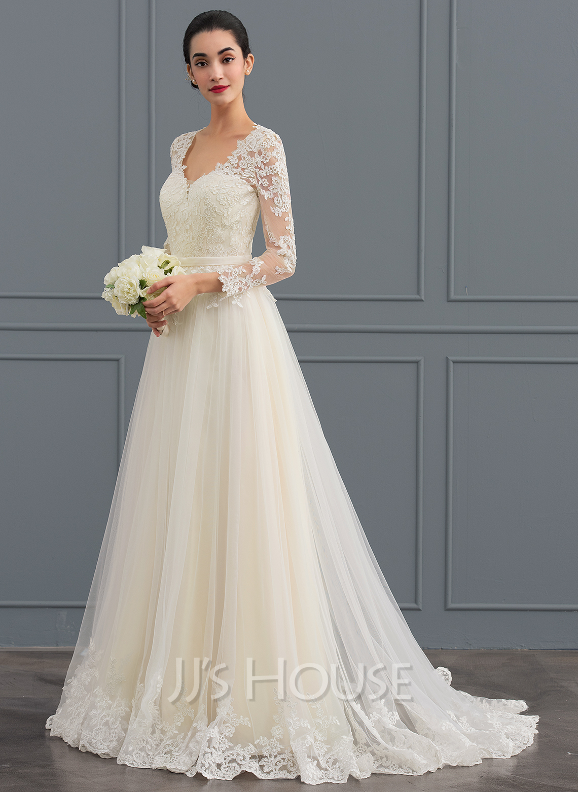 Bride Gowns Ball Gown V Neck Sweep Train Tulle Wedding Dress