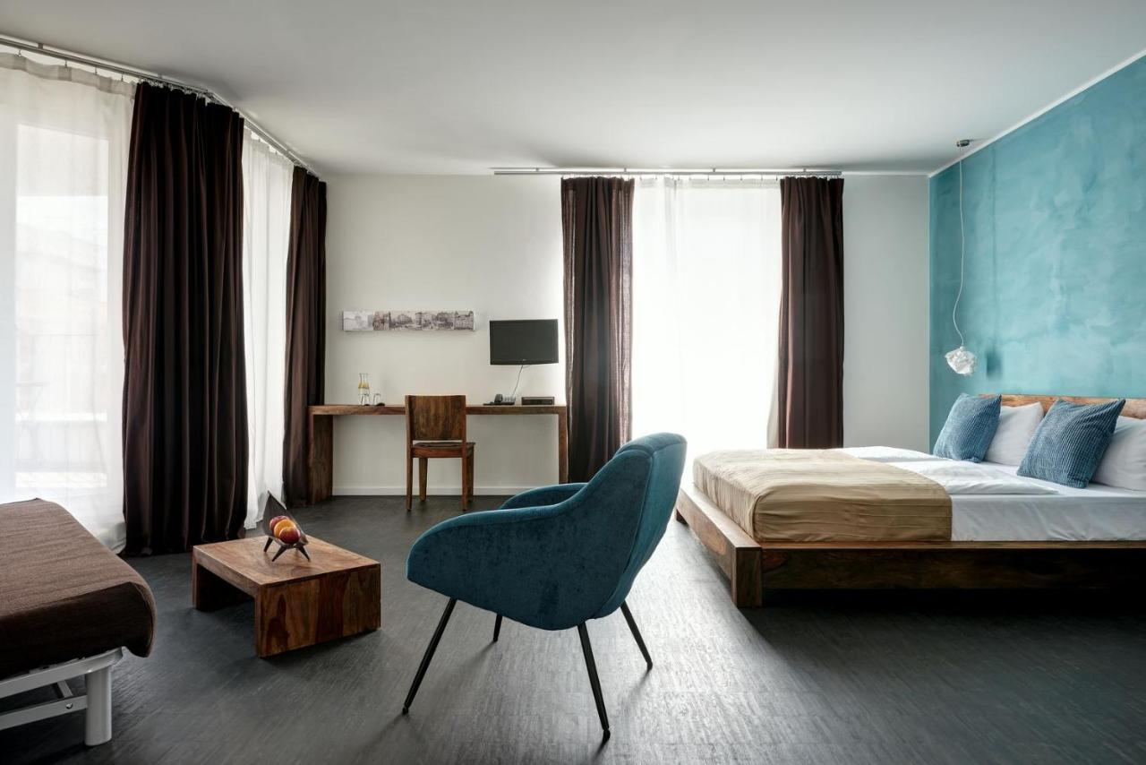 Quentin Design Hotel Berlin Email Berlin S Muslim Friendly Hotels That You Need To Book Early