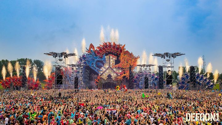 How The Calendar Was Created With A Different A German Retirement Community Did A Calendar Buzzfeed Defqon 1 2017 At Walibi Holland Biddinghuizen