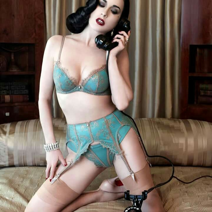 How To Create Calendar Year 2016 Calendar For Year 2016 United States Time And Date Dita Von Teese Live Performance And Book Signing At Phoenix