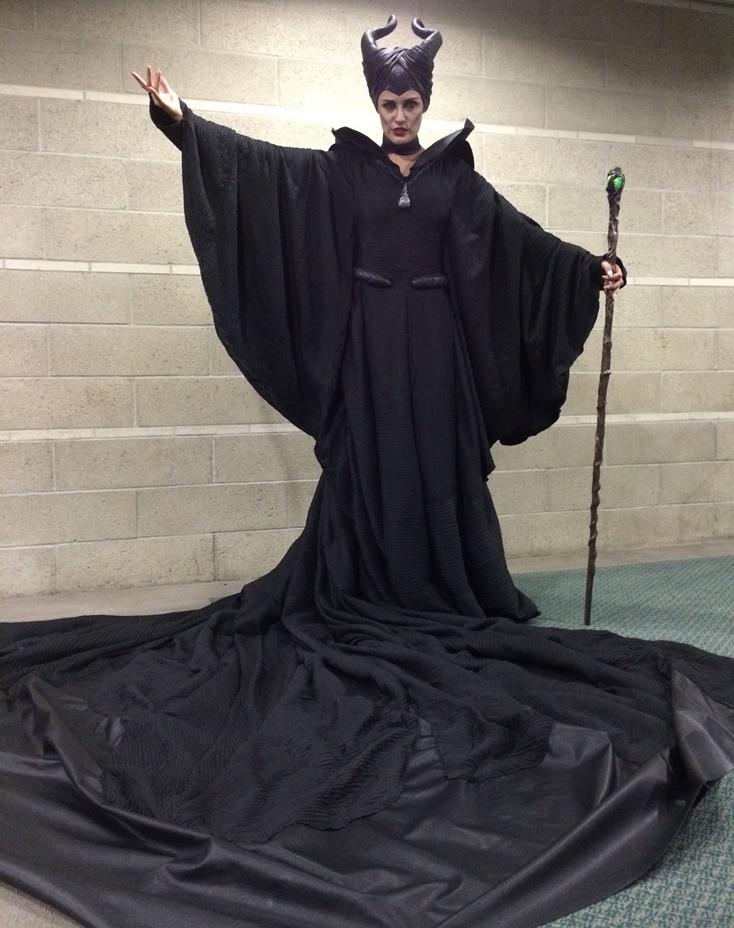 Angelina Jolie 3d Wallpaper Beautiful Maleficent Christening Gown Cosplay 171 Adafruit