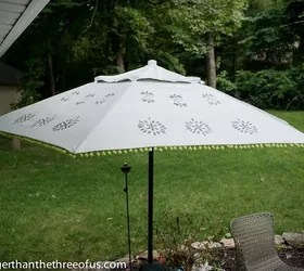 Upcycle An Old Patio Umbrella To A Beautiful Painted One