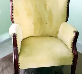 Paint The Fabric On That Old Chair Yes It Can Be Done