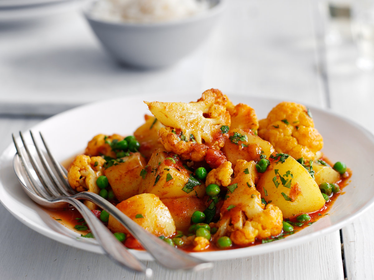 Cauliflower Potato And Pea Curry Recipe Quick From