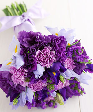 Fall Wallpaper For Large Monitors Your Irresistible Iris Statis And Carnation Bouquet
