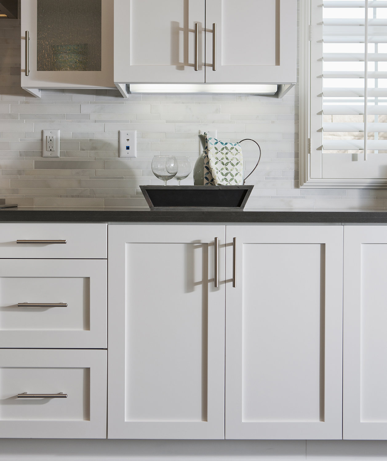 Kitchen Cabinets Knobs Or Pulls How To Spruce Up Your Rental Kitchen Real Simple