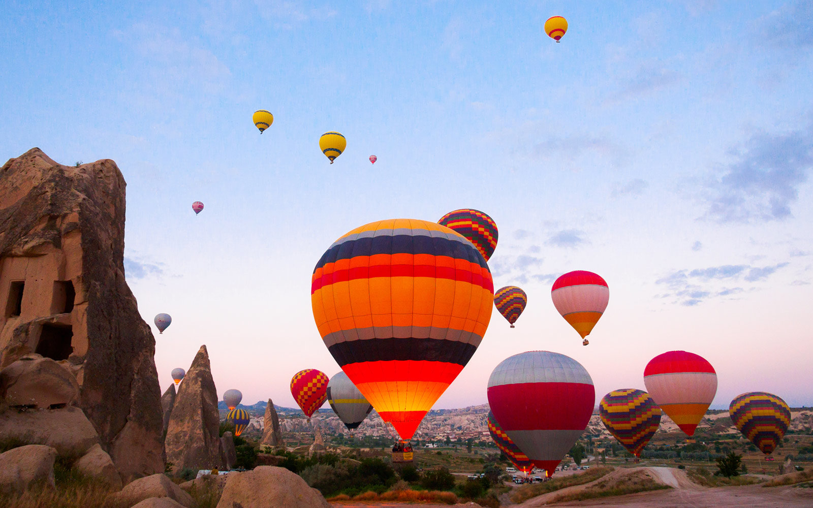 Wallpaper Images Of Fall Flying In A Hot Air Balloon In Cappadocia Should Be On