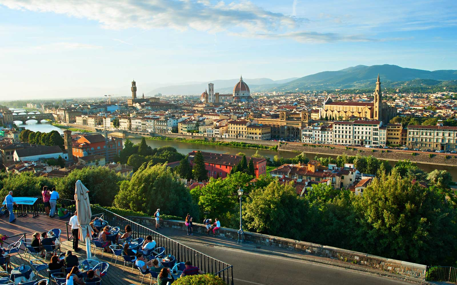 Il Ponte Just Eat Florence Is Banning Tourists From Snacking On The Streets Travel