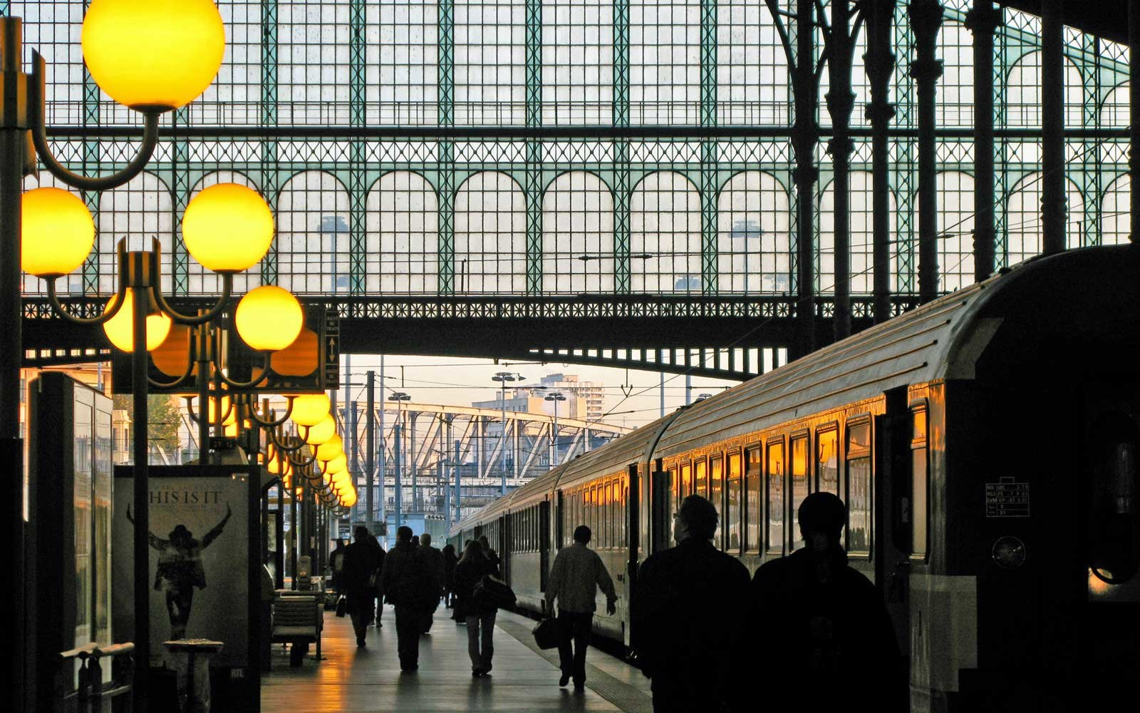 Paris Train How To Visit London And Paris In A Long Weekend Travel Leisure