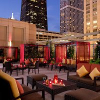 Chicagos Best Places for Outdoor Dining | Travel + Leisure