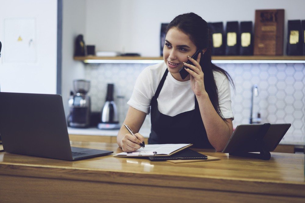 Should You Hire a Catering Manager? \u2013 Food for Thought \u2013 Medium