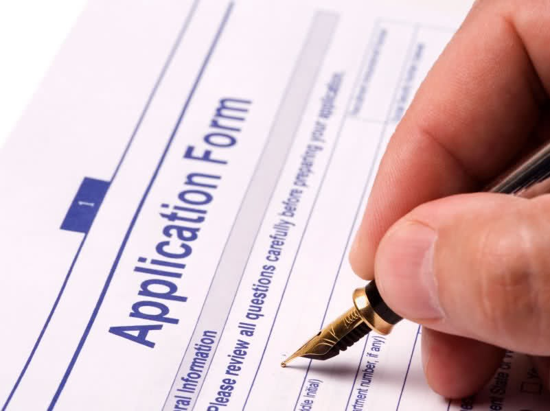 College Admissions and process of felling admission form