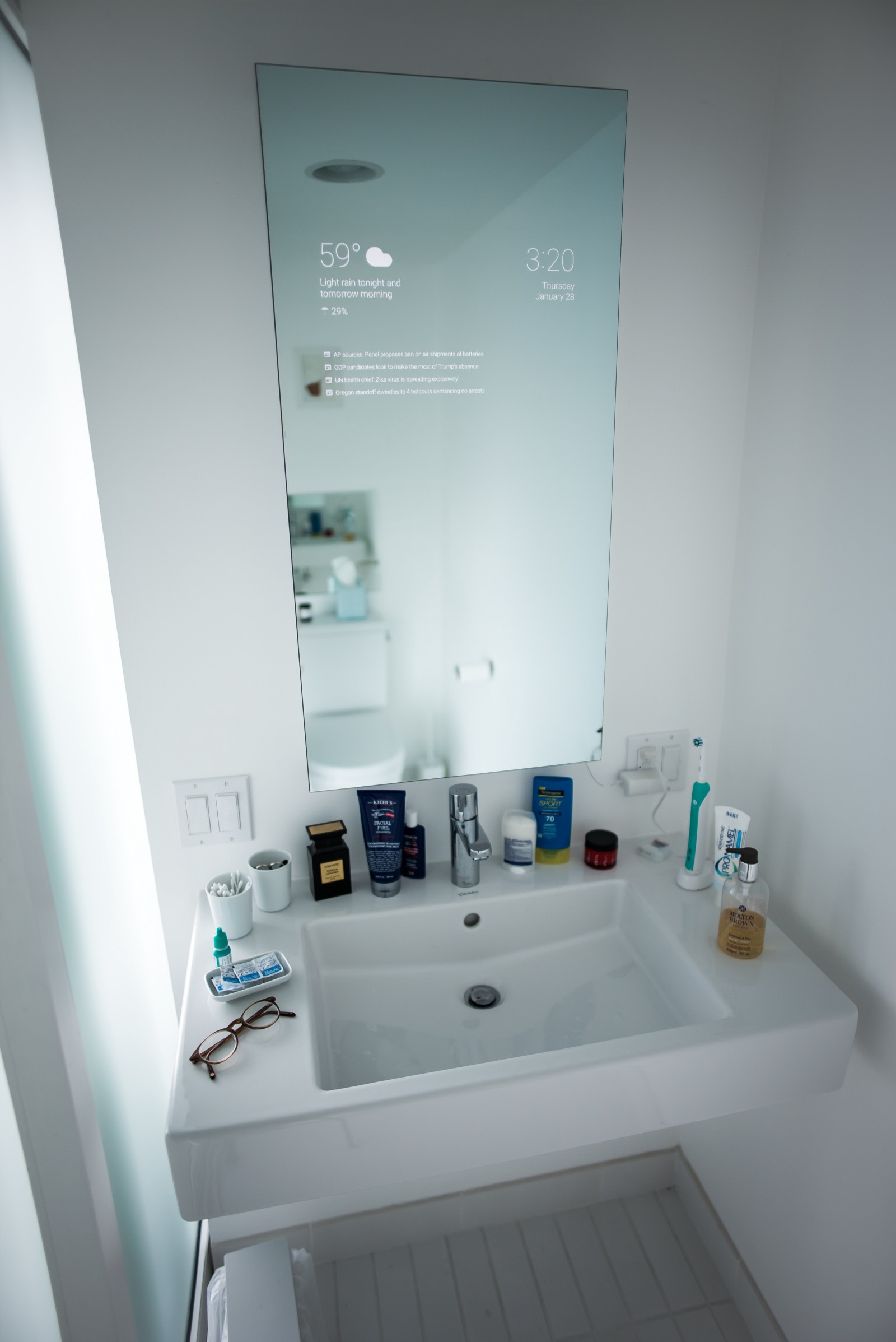 Badezimmer B-maxx My Bathroom Mirror Is Smarter Than Yours Max Braun Medium