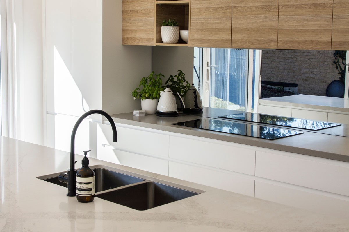 Grey Benchtop Kitchen The Ultimate Guide To Quartz Benchtops Steedform Medium