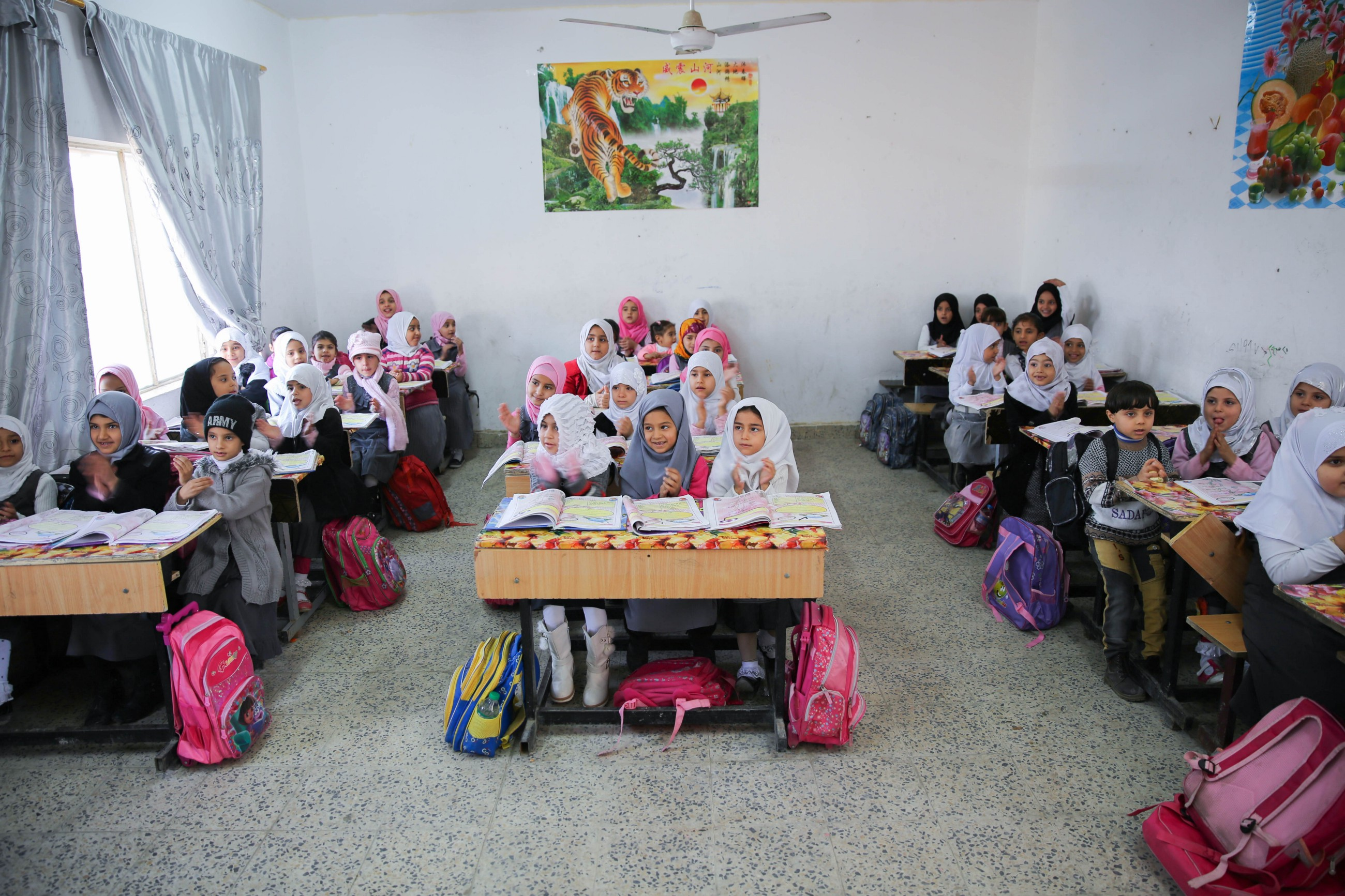 Radio Helsinki 8 129 Photos 97 Reviews Company Pikku Iraq Makes Gains For School Children Stories From Unicef In Iraq