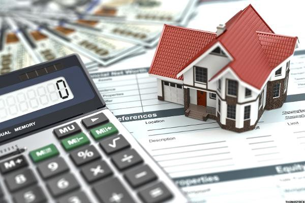 The VA Home Loan Program allows for Two Different Refinance types - cash out refi calculator