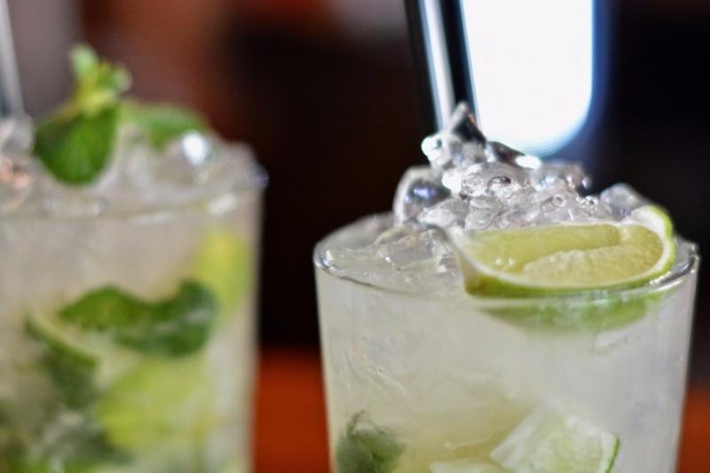 Bartender Resume Sample  Complete Guide +20 Examples