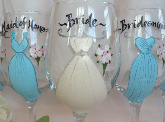 hand painted personalized bridesmaid dress wine glasses