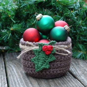 Primitive Christmas Decorations - Holiday from TheKnottyNeedle on - primitive christmas decorations