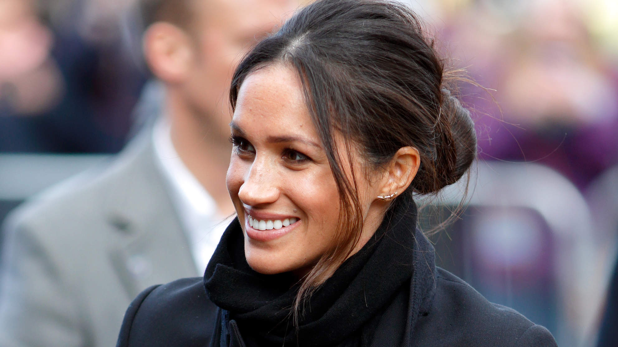 Act 9 Coiffure Messy Bun Ideas To Get An Updo Like Meghan Markle 39s