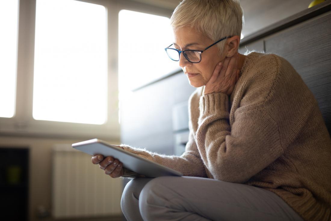 lectura de mujer mayor