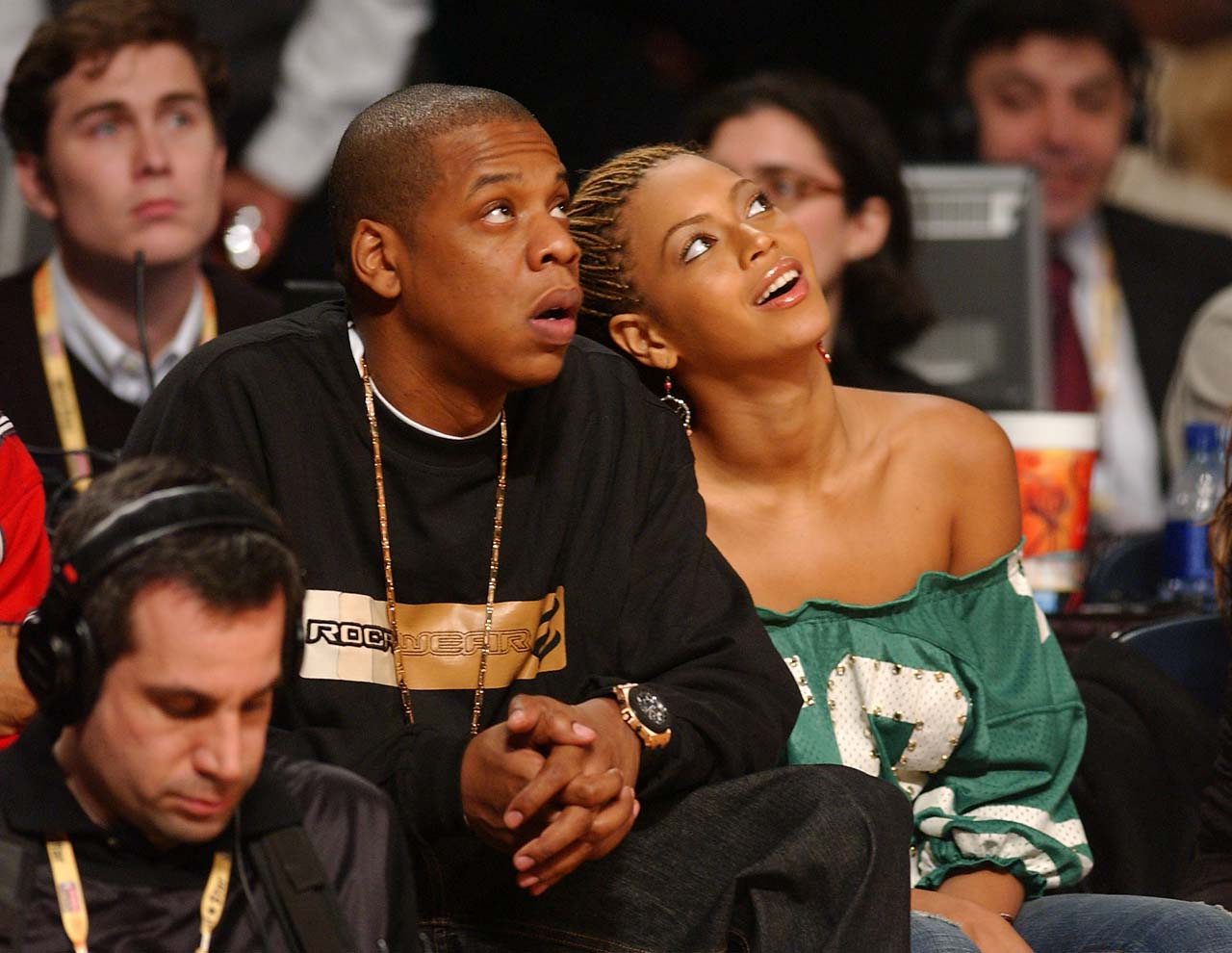 beyonc 233 and jay z welcome twins ny daily news 1