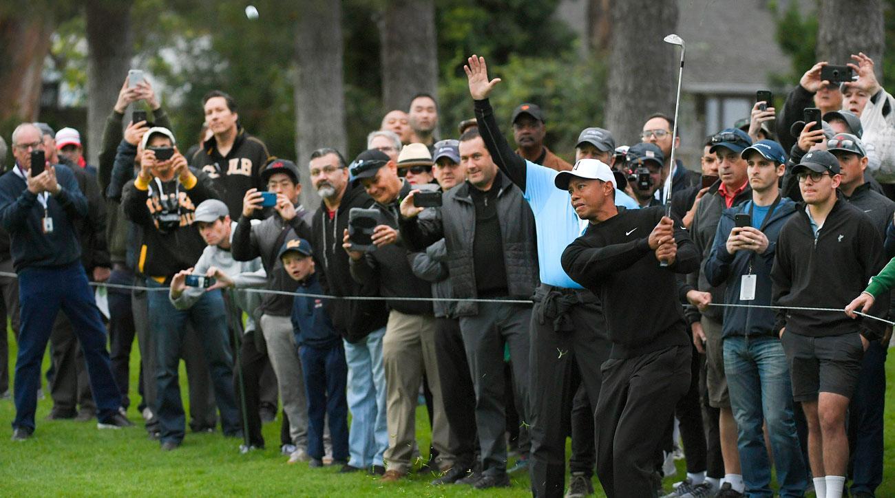 tiger woods start time today at pga round 3