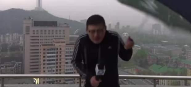 Reportero chino alcanzado un rayo