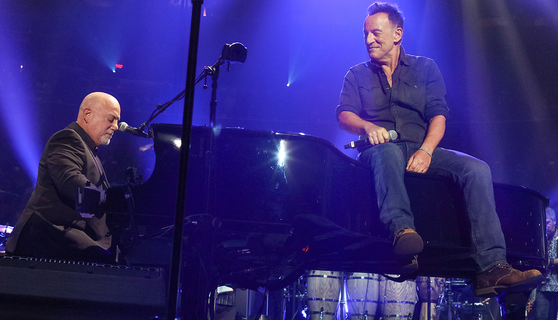 Bruce Springsteen and Billy Joel\u0027s Surprise Duo Performance