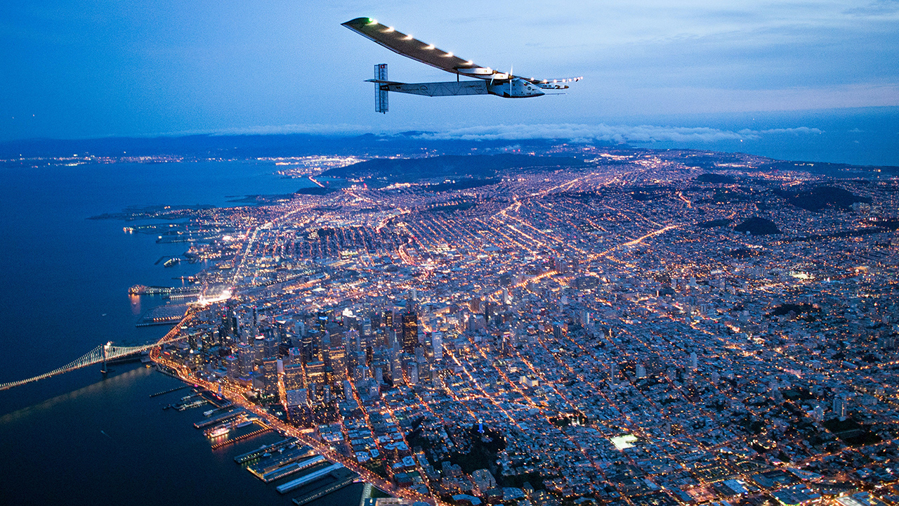 Solarplane Pool Willhaben Solar Powered Plane Completes Journey Across Pacific Ocean Abc11
