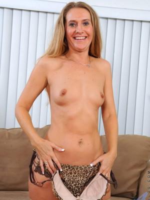 amber dawn nude