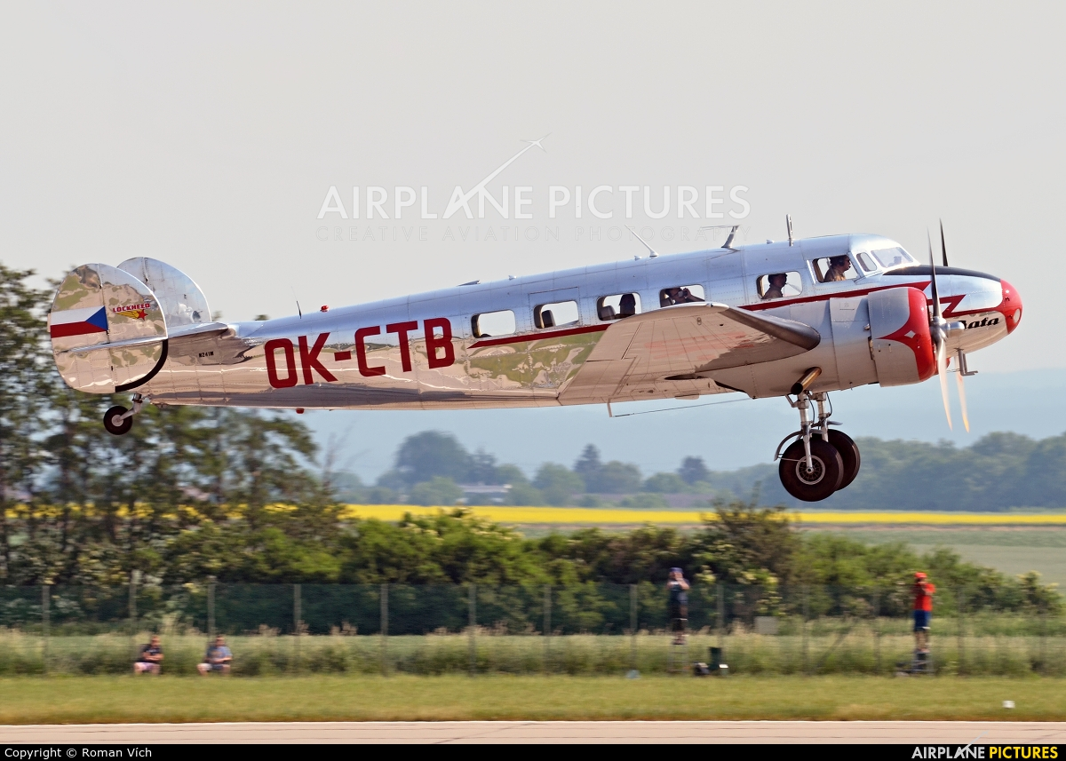 Pintures M Vich N241m Private Lockheed 10 Electra At Pardubice Photo