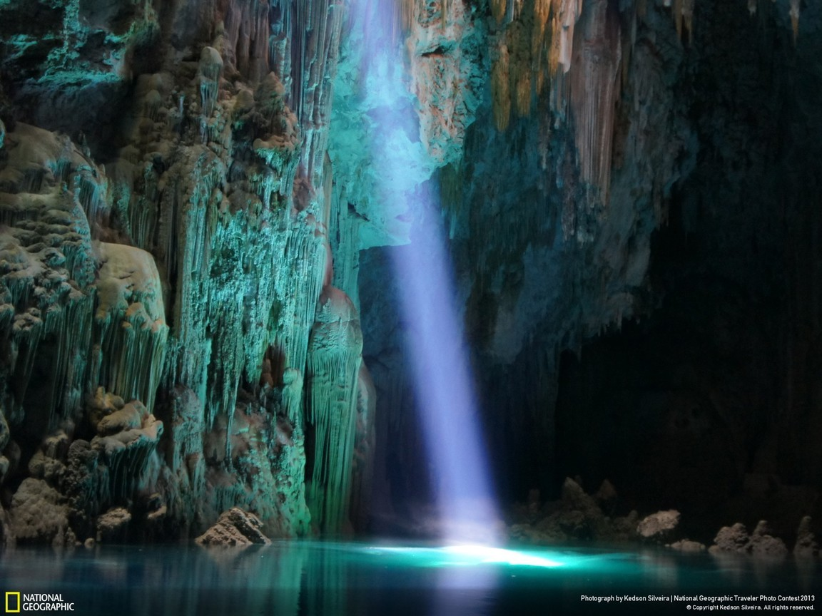 3d Wallpaper For Ipad 4 Brazil National Geographic Caves Discovery Lakes Wallpaper
