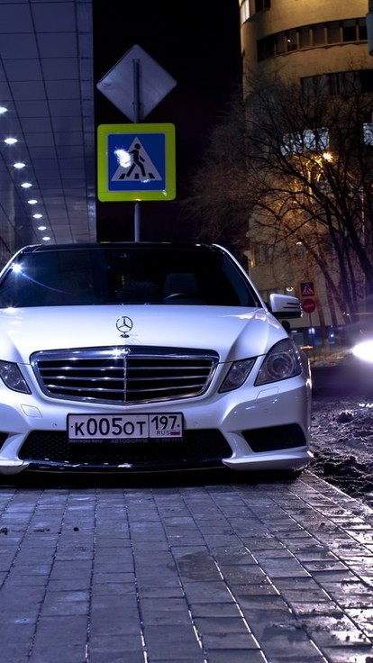 Wallpaper Para Iphone Mercedes Benz E Class Russia White Wallpaper