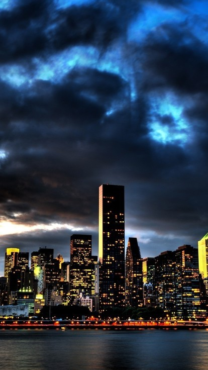 Best Iphone 4 Hd Wallpapers Cityscapes Clouds Lights Skyscapes Water Wallpaper