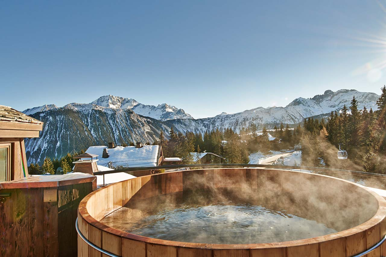 Jacuzzi Pool Top Caps Jacuzzi France Luxury Escape Of The Day Les Tine Chamonix
