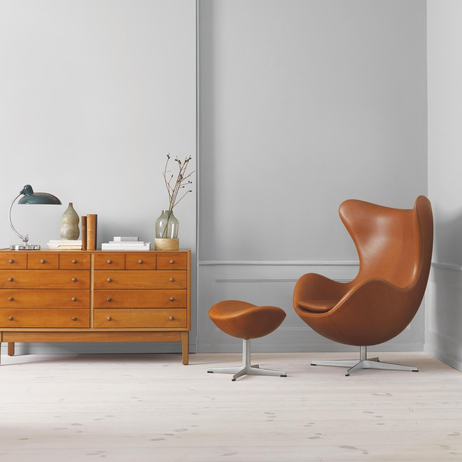 Das Ei Sessel Arne Jacobsen Fritz Hansen Aktion Egg Chair Das Ei Sessel 43 Hocker Leder