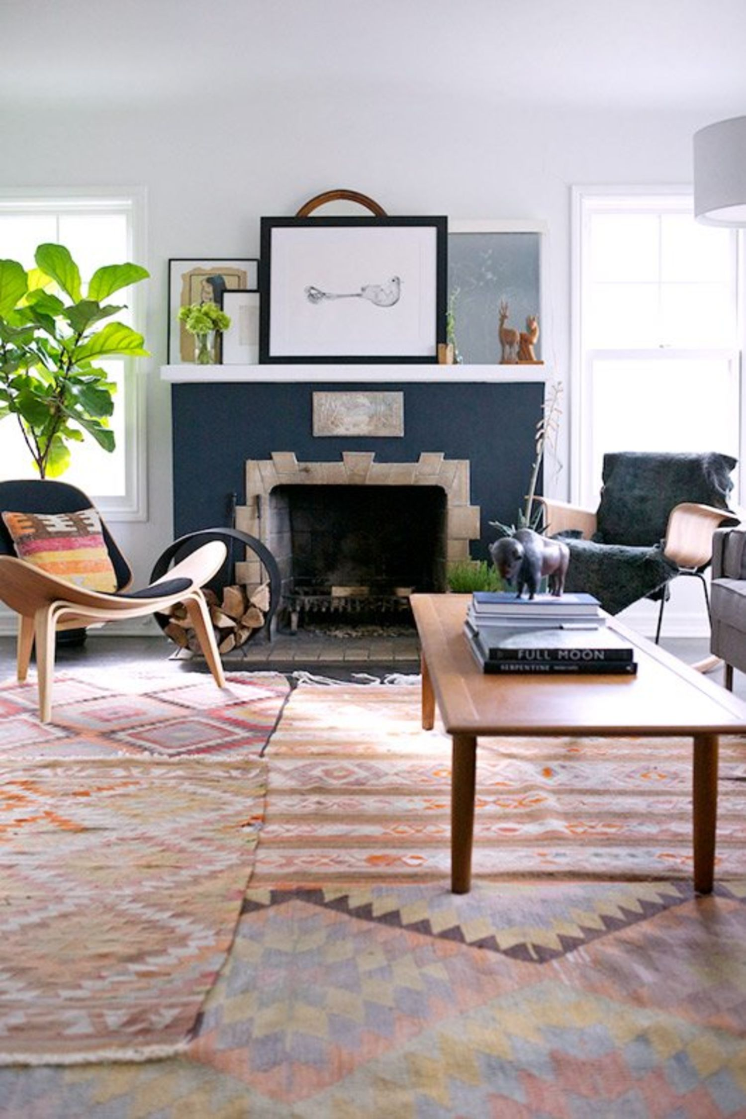 A Collection of Beautiful Rooms with Kilim Rugs