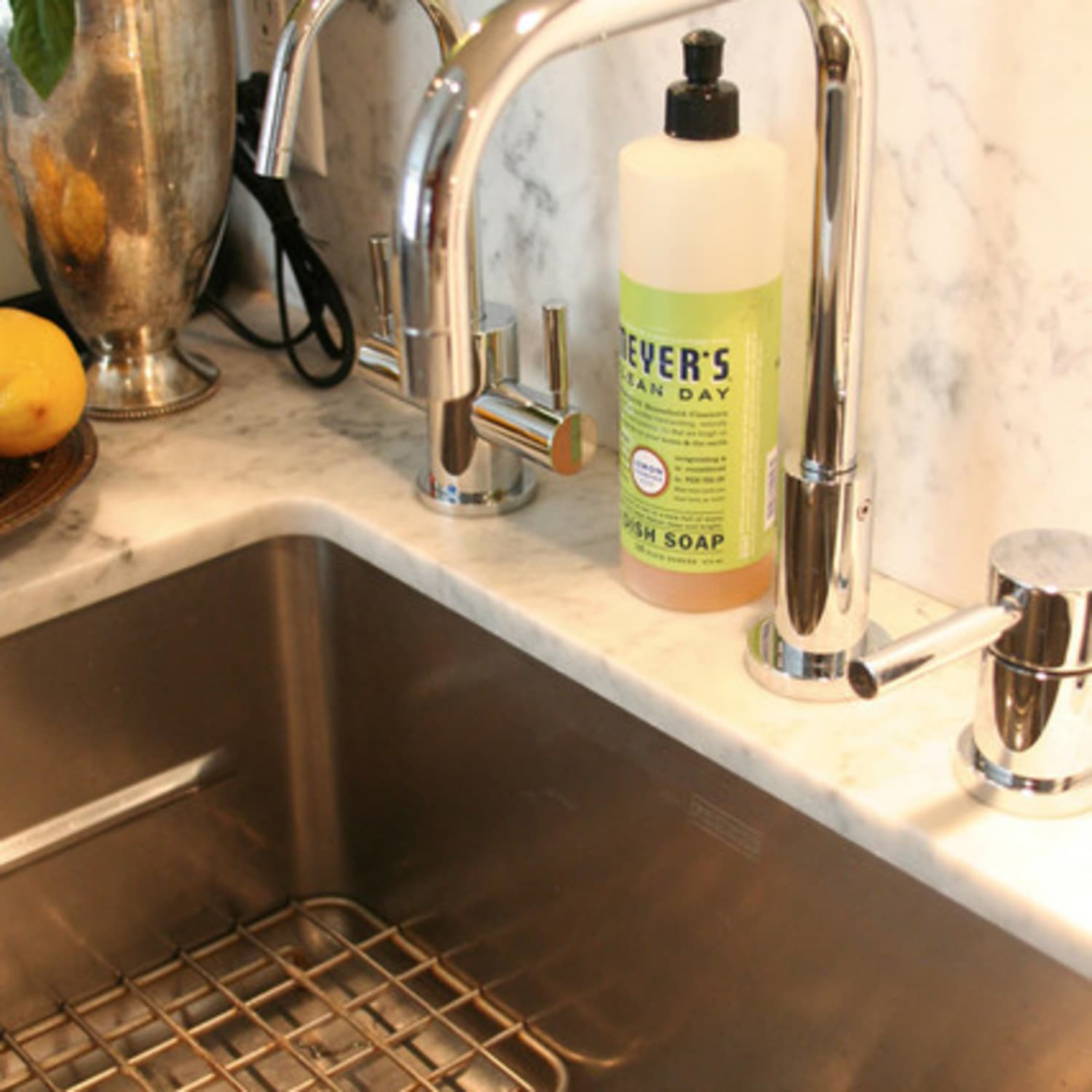 6 Things You Need To Know About Undermount Kitchen Sinks Kitchn
