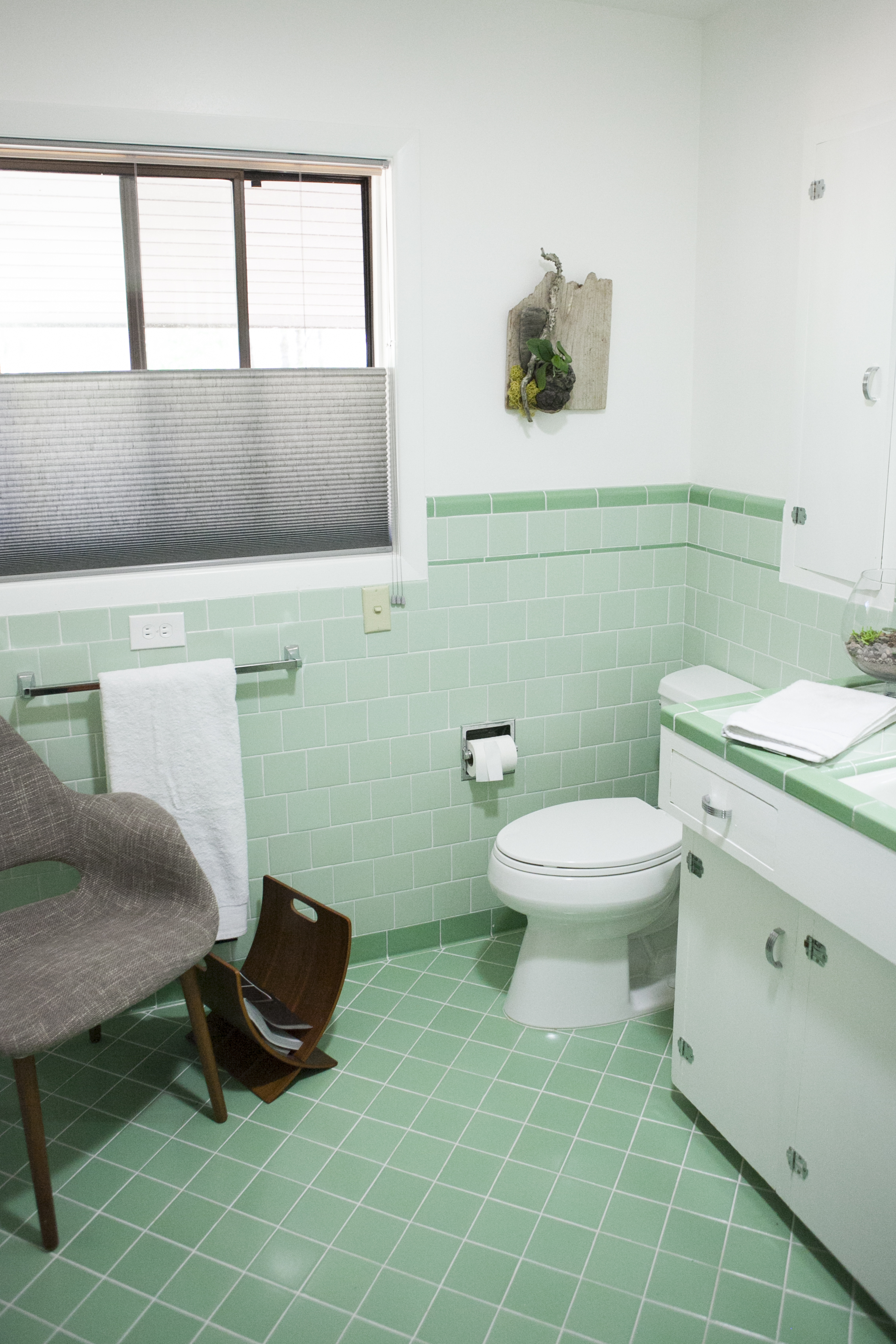 Inspiring Bathrooms With Vintage Tile Apartment Therapy