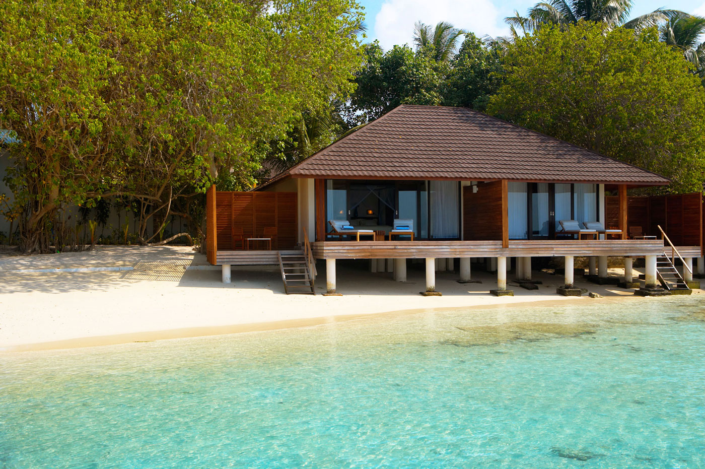 Desain Resort Lily Beach Resort And Spa In Maldives Architecture And Design