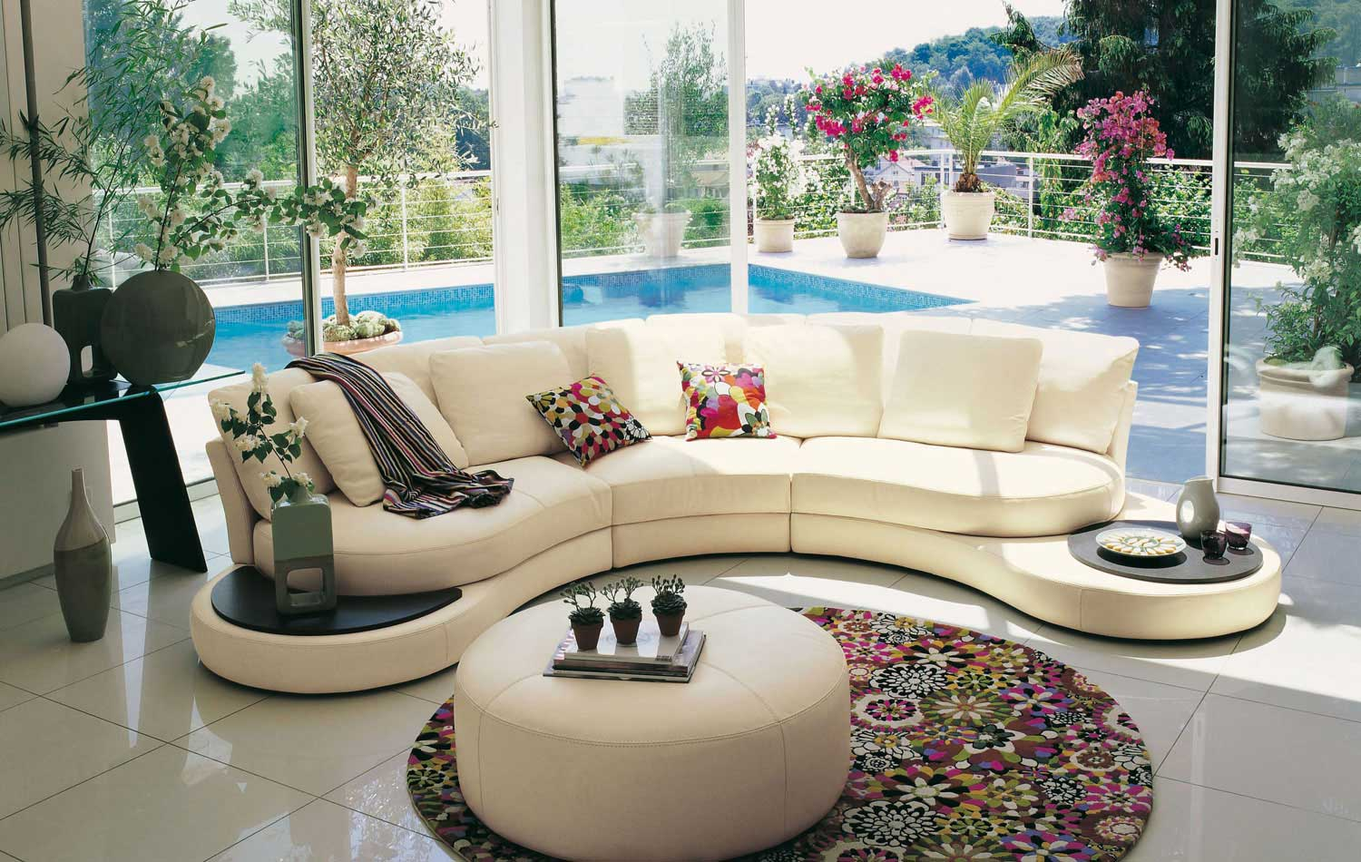 1 40 Bett Living Room Inspiration: 120 Modern Sofas By Roche Bobois