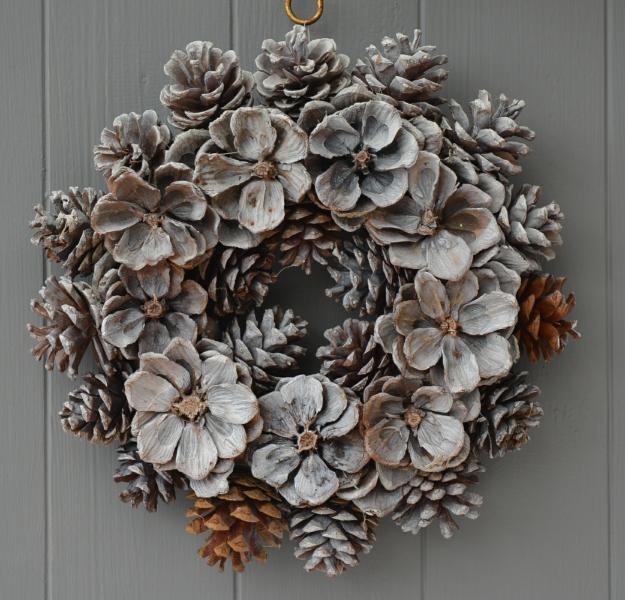 Green Magic Homes 40+ Creative Pinecone Crafts For Your Holiday Decorations