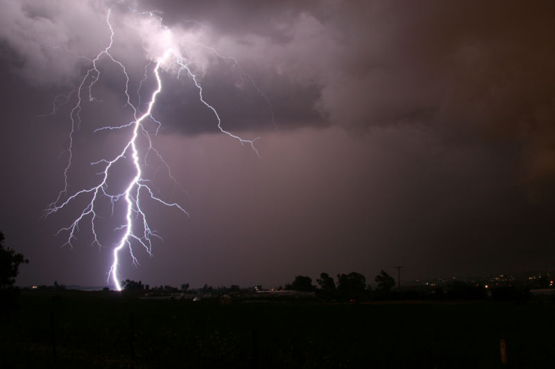 Lightning strikes leave behind a radioactive cloud Ars Technica