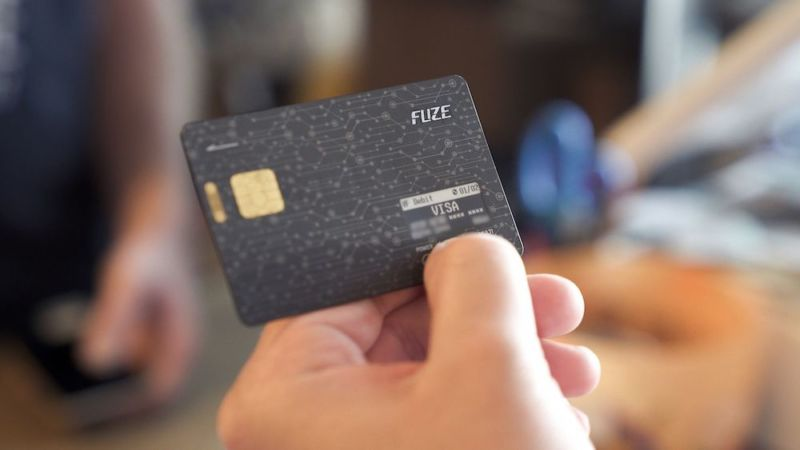 Whatever you do, don\u0027t give this programmable payment card to your